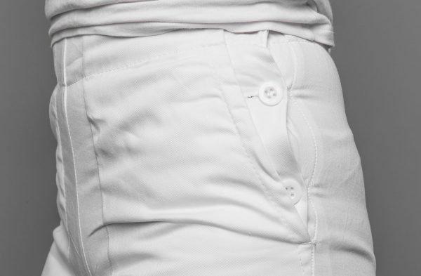 Biele nohavice dámske, vzadu na gumu, zapínanie na gombíky z boku FA 105 4 - Brakon s.r.o
